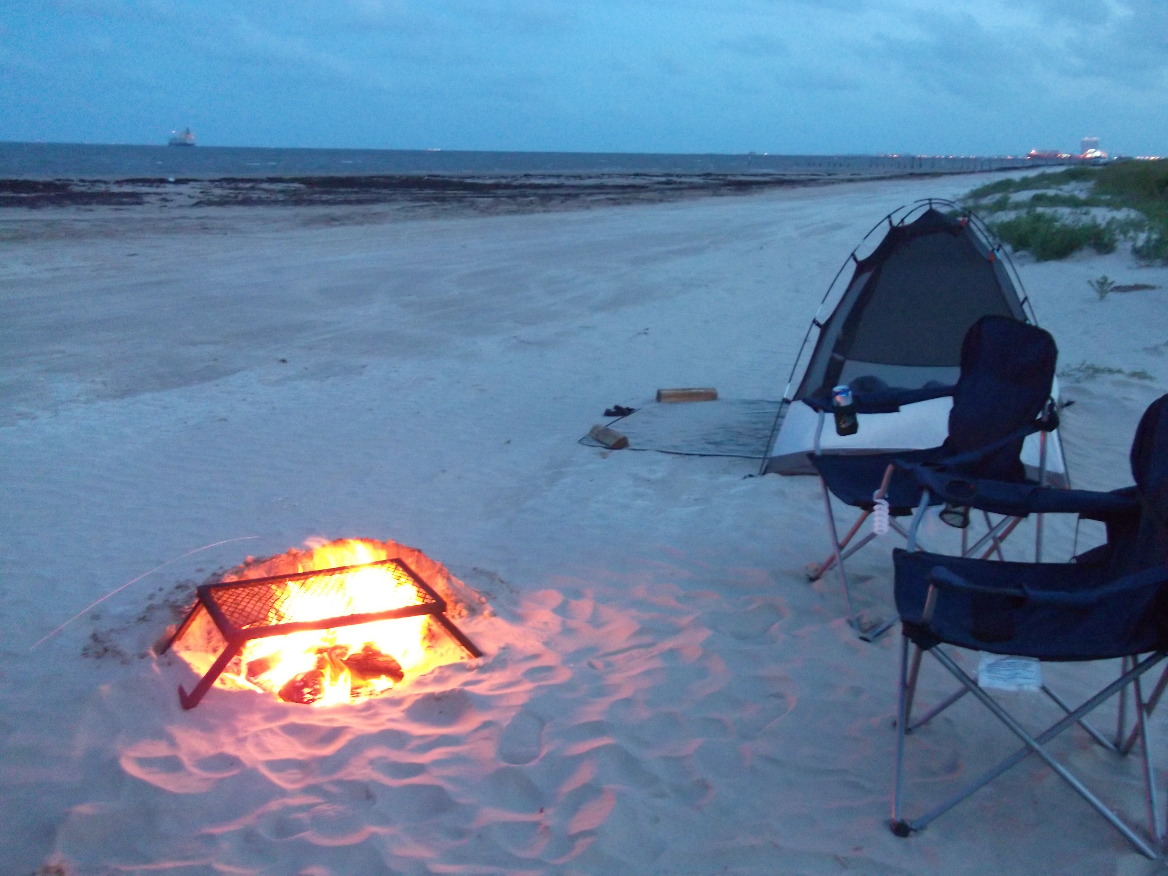 Tips for Camping on the Beach in GalvestonThe Texas ...